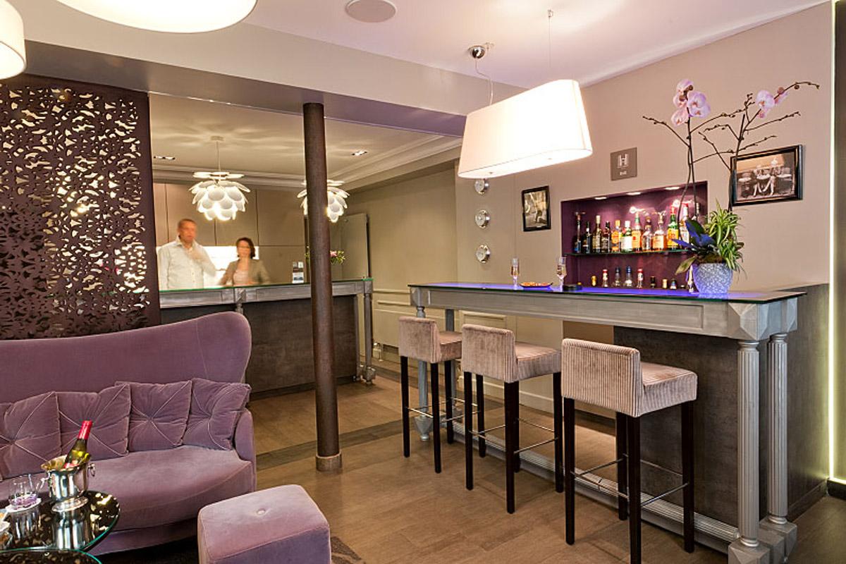 Bar - Harvey Hotel