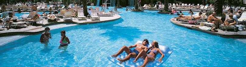 piscina Luxor